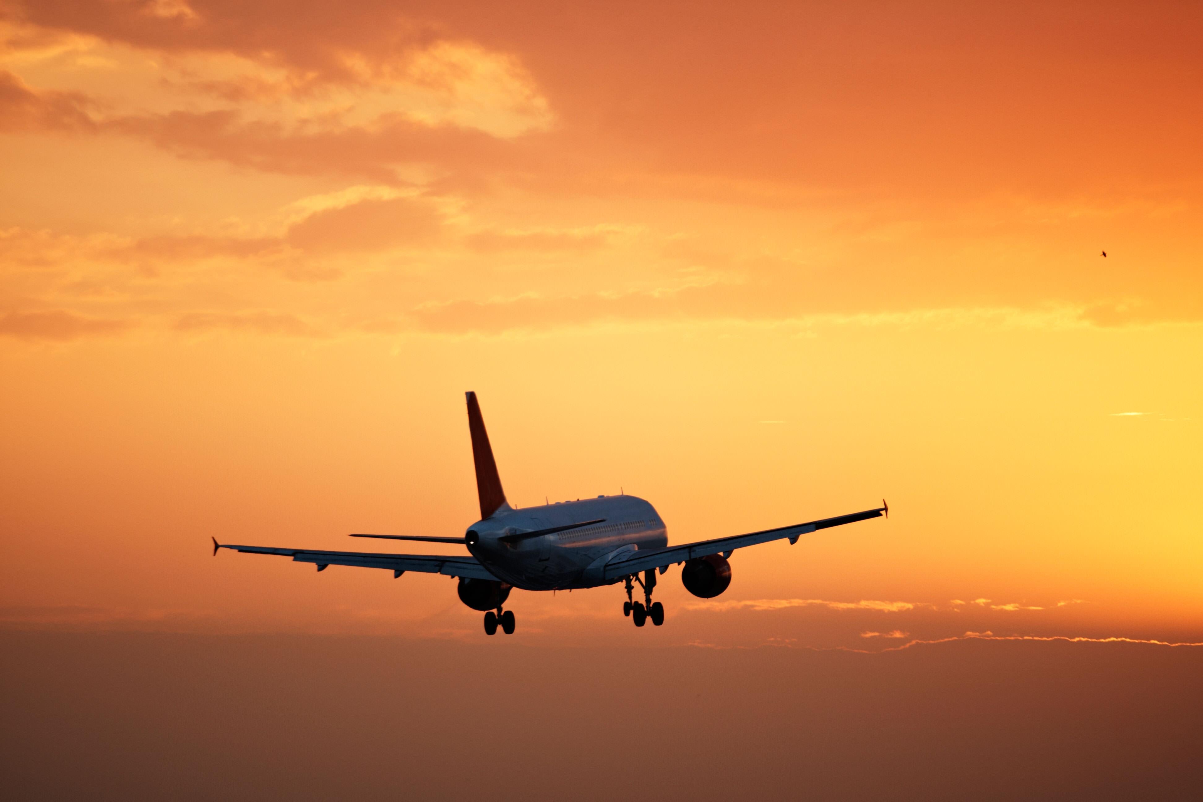Avião-voando